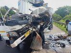 kecelakaan-lalu-lintas-terjadi-di-ruas-jalan-tol-cipularang.jpg