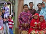 keluarga-dita-supriyanto-pelaku-bom-3-gereja-surabaya_20180517_120409.jpg