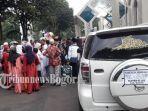 keluarga-rombongan-calon-jamaah-haji-kabupaten-bogor.jpg