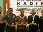 ketua-dan-pengurus-kamar-dagang-dan-industri-kadin-kabupaten-bogor-periode-2019-2024.jpg