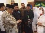 ketua-pb-nu-said-agil-siraj-berbincang-dengan-ibunda-presiden-jokowi.jpg