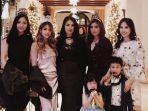 liliana-tanoesoedibjo-dan-4-anak-perempuannya.jpg