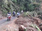 longsor-di-desa-pancawati-kecamatan-caringin-kabupaten-bogor-selasa-2292020.jpg