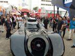 mobil-batman-di-telkomsel-iims-2019-jiexpo-kemayoran.jpg