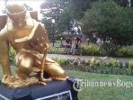 patung-emas_20171219_212758.jpg