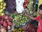 pedagang-buah-di-pasar-ciawi_20180522_170307.jpg