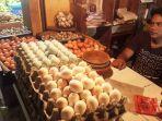 pedagang-telur-di-pasar-ciawi-khoerudin-45_20180720_150026.jpg