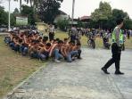 pelajar-kota-bogor-ditangkap-usai-tawuran-2_20151002_155706.jpg