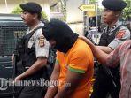 pelaku-pencurian-disertai-pembunuhan-berinisial-rn-ditangkap-polisi.jpg