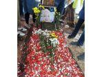 pemakaman-titi-qadarsih_20181023_125226.jpg