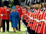 penjaga-istana-buckingham_20180610_173012.jpg