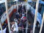 penumpang-bus_20180629_214434.jpg