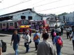penumpang-kereta-commuter-line-di-stasiun-bogor_20151203_091952.jpg