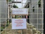 pintu-gerbang-gang-di-perumahan-kementerian-agama-pabuaran.jpg