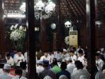 presiden-ke-6-ri-susilo-bambamg-yudhoyono-menggelar-tahlilan.jpg
