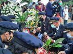 prosesi-pemakaman-pilot-sriwijaya-air-sj-182.jpg