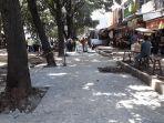 proyek-pedestrian-di-jalan-kol-edi-yoso.jpg