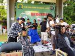 puluhan-tukang-cukur-atau-barber_20181014_183532.jpg