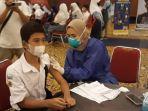 ratusan-pelajar-di-kota-bogor-menjalani-vaksinasi.jpg