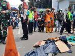 seorang-perempuan-pengendara-motor-tewas-di-tempat-usai-ditabarkl.jpg