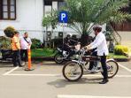 sepeda-listrik-wali-kota-bogor-bima-arya_20151019_104124.jpg