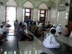 shalat-jumat-di-masjid-baitur-ridwan.jpg