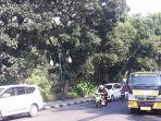 situasi-arus-lalu-lintas-di-jalan-jalak-harupat-simpang-jalan-salak.jpg