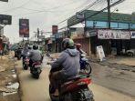 situasi-arus-lalu-lintas-di-jalan-raya-pabuaran-bojonggede-rabu-1592021.jpg