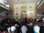 suasan-salat-di-masjid-raya-kota-bogor.jpg