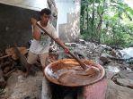 suasana-dapur-produksi-dodol-betawi-di-bekasi.jpg