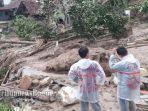 suasana-desa-harkatjaya-kecamatan-sukajaya-kabupaten-bogor-pasca-diterjang-longsor.jpg