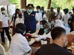 suntik-vaksin-massal-taman-safari-indonesia-tsi.jpg