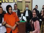 terdakwa-zuraida-hanum-dan-cut-rafika-lestari-mantan-asisten-pribadi-hakim-jamaluddin.jpg