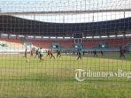 timnas-u-19-indonesia-kembali-melaksanakan-latihan-di-stadion-pakansari.jpg