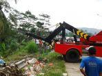 truk-pengangkut-sampah_20171020_185558.jpg