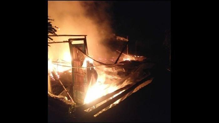 Enam Rumah Ludes Terbakar di Cugenang Cianjur, Kerugian Ditaksir Mencapai Rp 200 Juta
