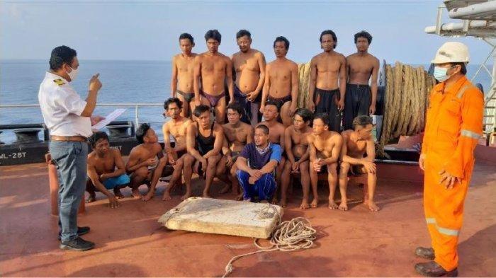 12 Orang Asal Indramayu ABK Bintang Jaya Mandiri Dijemput Pakai Dua Kapal Tugbot ke Tuban