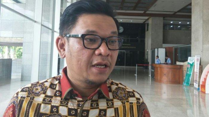 Jadi Tersangka Kasus Suap, Ade Barkah Diganti TB Ace Hasan Sebagai Plt Ketua DPD Golkar Jabar