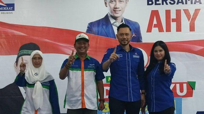 Ketua Umum Partai Demokrat, Agus Harimurti Yudhoyono (AHY) saat melakukan kunjungan di salah satu hotel di Kabupaten Indramayu, Selasa (1/12/2020).