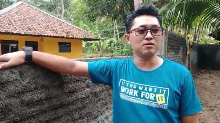 Muslih dan Keluarganya Bingung Akses Keluar Masuk Rumahnya Ditembok Tetangganya Setinggi 2,5 M