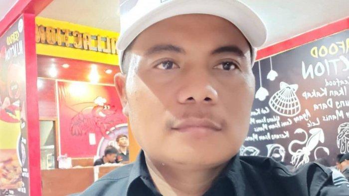 Karantina Wilayah Parsial Berdampak Pada Omzet, Puluhan Karyawan RM Sea Food Menangis Dirumahkan