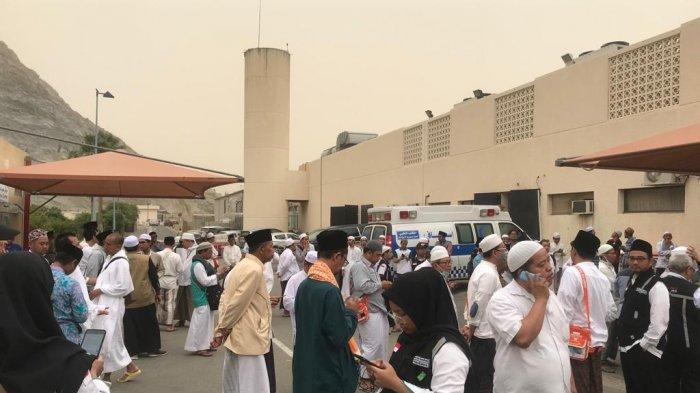 Ribuan Jemaah Haji Indonesia Melayat ke RS Ann Nuur Mekah, Tempat Wafatnya KH Maimun Zubair