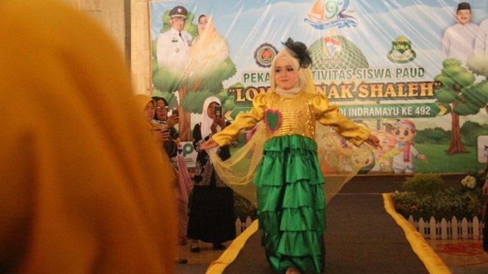 Murid PAUD dan TK di Indramayu Peragakan Busana Muslim, Lakukan Catwalk bak Seorang Model