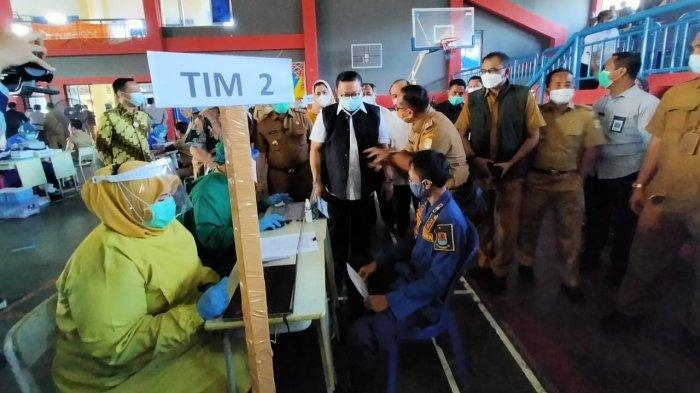 Tinjau Vaksinasi Covid-19 di Kabupaten Cirebon, Begini Kata Wantimpres RI