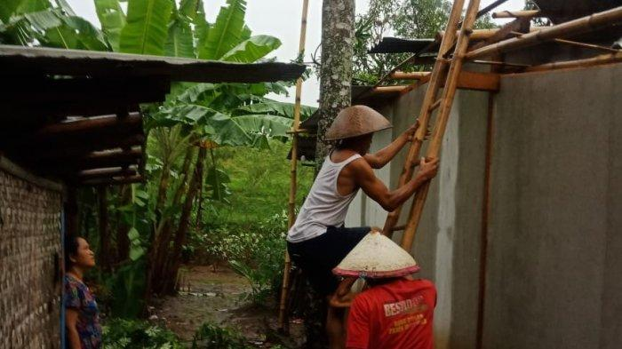 Diterjang Angin Kencang, Atap 12 Rumah Warga di Purwadadi Ciamis Rusak