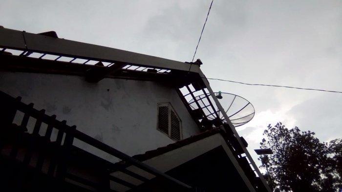 12 Rumah Warga di Wado Sumedang Rusak Parah Diterjang Angin Puting Beliung Kemarin Sore