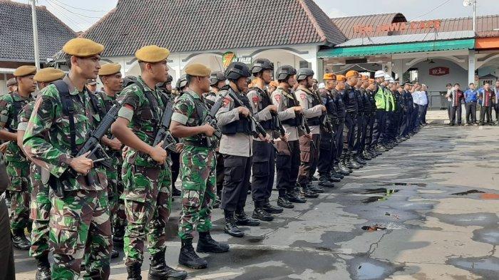 PT KAI Daop 3 Cirebon Catat Ada 8 Jalur Kereta Api Rawan Banjir dan Tanah Ambles