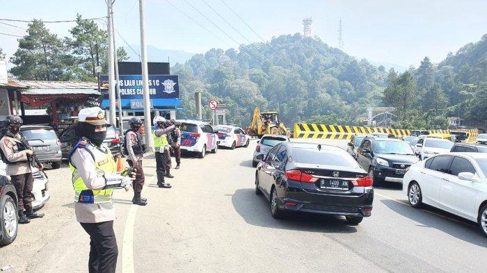 Kawasan Puncak Cianjur-Bogor Diprediksi Padat Sabtu Ini, Satlantas Tutup Jalur ke Cipanas Enam Jam
