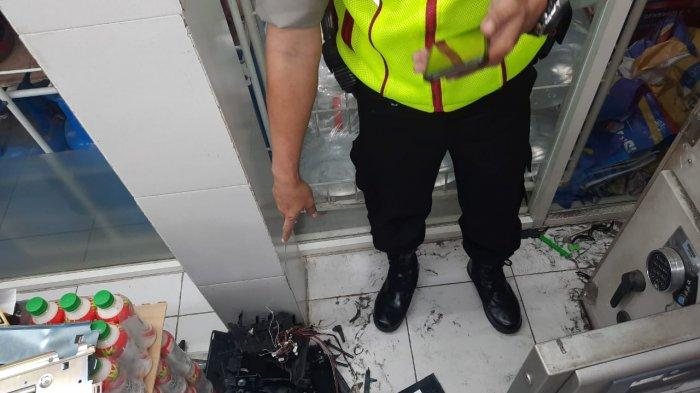 ATM BNI di Indomaret Cikole Lembang Dibobol Maling, Pelaku Diduga Masuk Lewat Atap