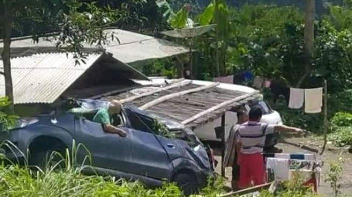 Sekeluarga Asal Dago Bandung Kecelakaan di Naringgul, Avanza Hantam Tebing Penumpang Terpental